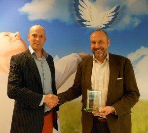 Frank cooler neem Award in ontvangst